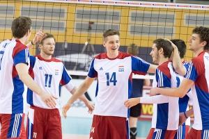 Tim LAEVAERT (Luxemburg 11) Chris ZUIDBERG (Luxemburg 14) / Volleyball, Qualifikation SCD Maenner, Faeroeer Inseln - Luxemburg / 15.05.2016 / Luxemburg / Foto: Christian Kemp