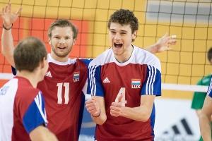 Tim LAEVAERT (Luxemburg 11) und Kamil RYCHLICKI (Luxemburg 4) / Volleyball, Qualifikation SCD Maenner, Luxemburg - Nordirland / 14.05.2016 / Luxemburg / Foto: Christian Kemp